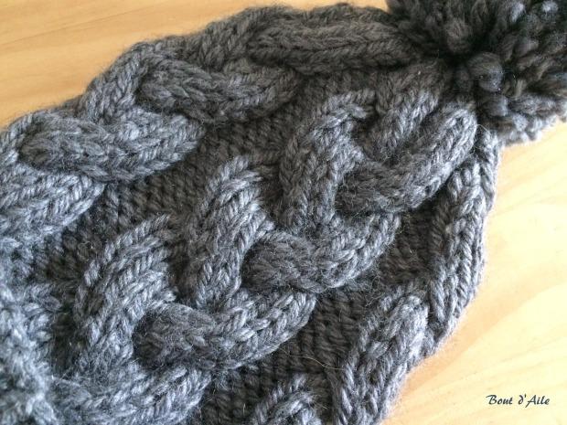 Ensemble gris à torsades (2)